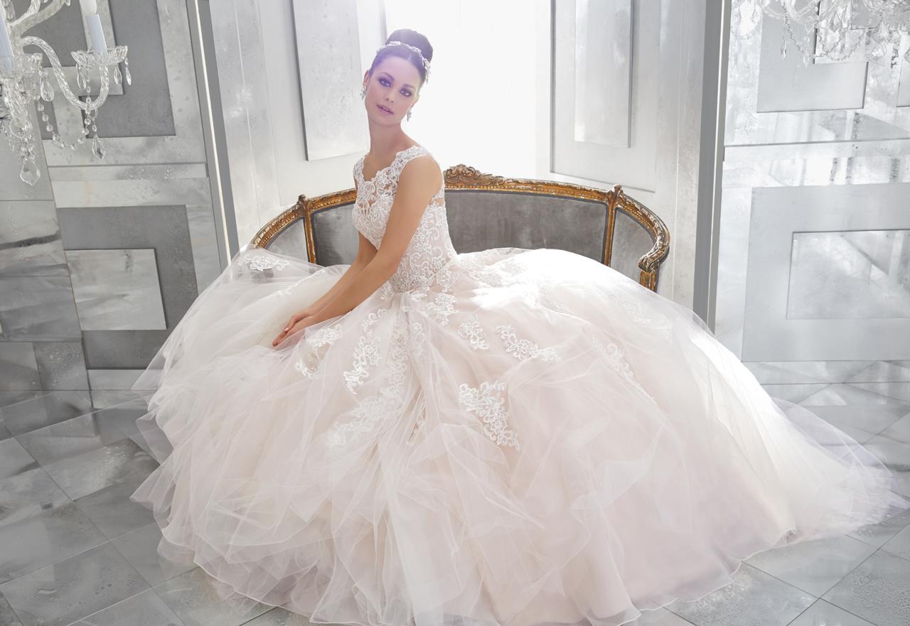 Jessica Belle Rykiss Bridal Calgary AB