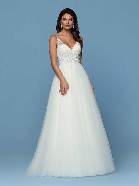 50571 gown from the 2019 DaVinci collection, as seen on Bride.Canada