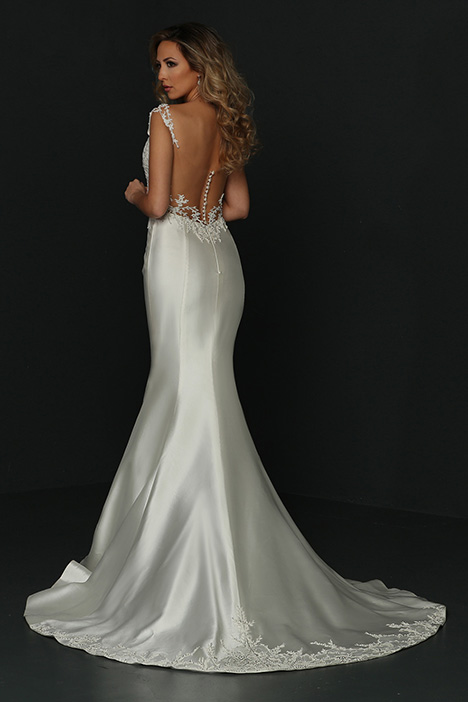90363 Back gown from the 2019 Simone Carvalli collection, as seen on Bride.Canada