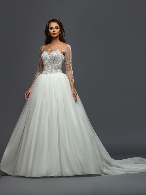 405 gown from the 2019 Victor Harper collection, as seen on Bride.Canada
