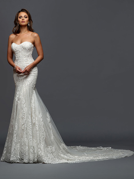 414  gown from the 2019 Victor Harper collection, as seen on Bride.Canada