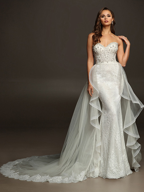 COLTON gown from the 2019 Victor Harper collection, as seen on Bride.Canada