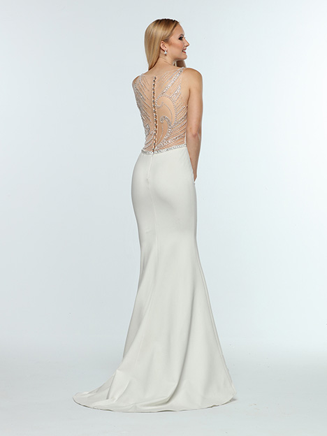 31310 Back gown from the 2019 Zoey Grey collection, as seen on Bride.Canada