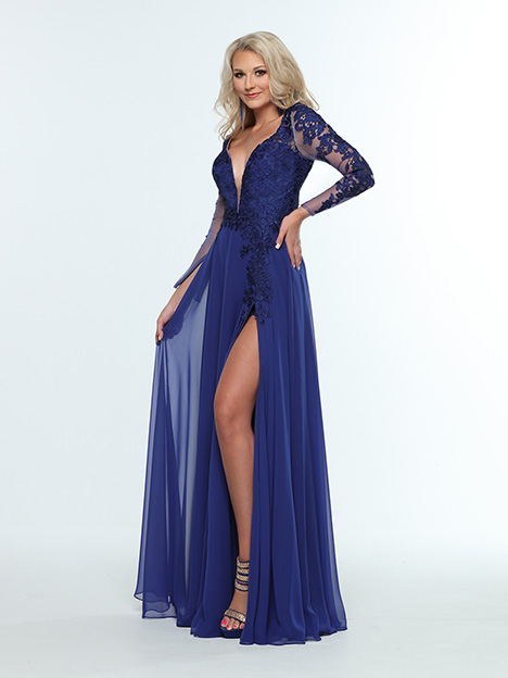 31410 3/4 View gown from the 2019 Zoey Grey collection, as seen on Bride.Canada