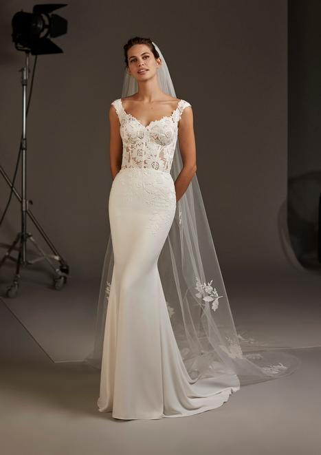 Atlas gown from the 2020 Pronovias collection, as seen on Bride.Canada