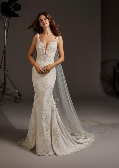 Auriga gown from the 2020 Pronovias collection, as seen on Bride.Canada