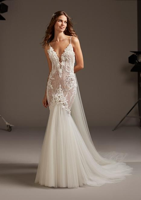 Galatea gown from the 2020 Pronovias collection, as seen on Bride.Canada