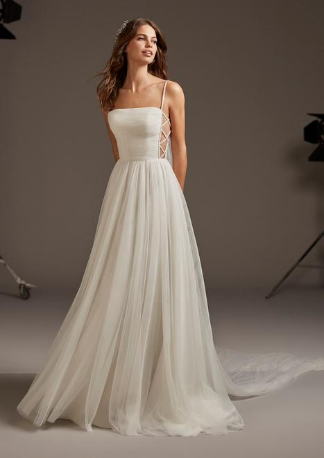 Volans gown from the 2020 Pronovias collection, as seen on Bride.Canada