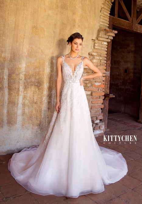 Aaliyah gown from the 2019 KittyChen Couture collection, as seen on Bride.Canada