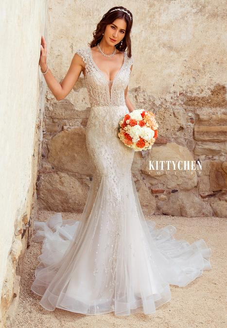 Andrea gown from the 2019 KittyChen Couture collection, as seen on Bride.Canada