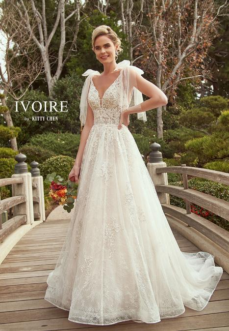 Hana gown from the 2019 Ivoire by Kitty Chen collection, as seen on Bride.Canada