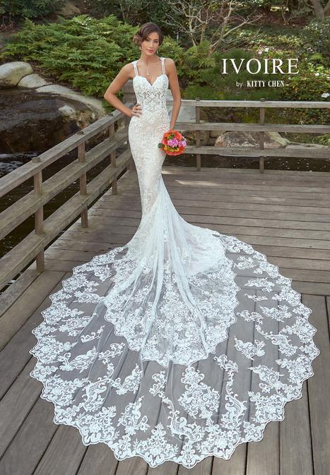 Serena gown from the 2019 Ivoire by Kitty Chen collection, as seen on Bride.Canada