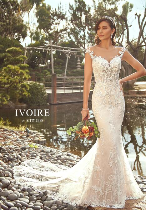 Sora gown from the 2019 Ivoire by Kitty Chen collection, as seen on Bride.Canada