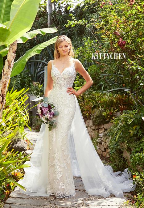 AMARENA H1978 gown from the 2019 KittyChen collection, as seen on Bride.Canada