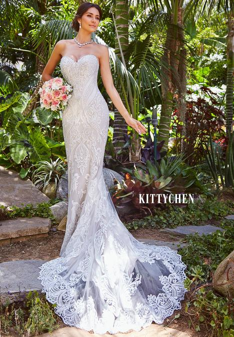 Aurora gown from the 2019 KittyChen collection, as seen on Bride.Canada