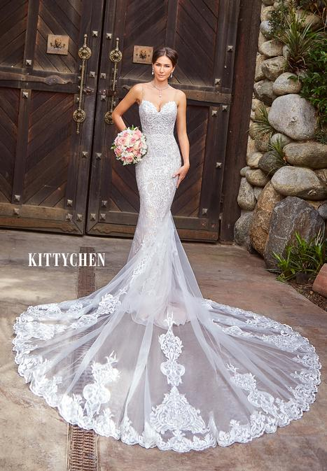 Jenessa gown from the 2019 KittyChen collection, as seen on Bride.Canada