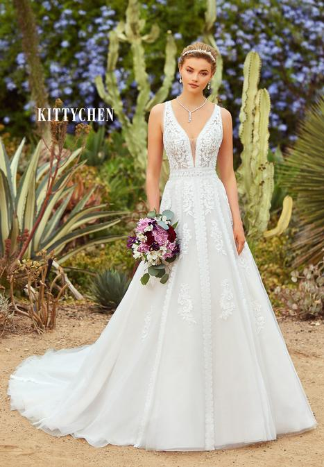 Kenya gown from the 2019 KittyChen collection, as seen on Bride.Canada