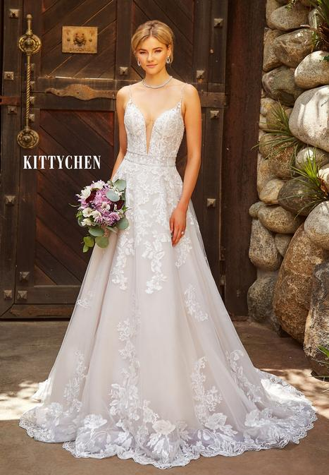 Lamise gown from the 2019 KittyChen collection, as seen on Bride.Canada
