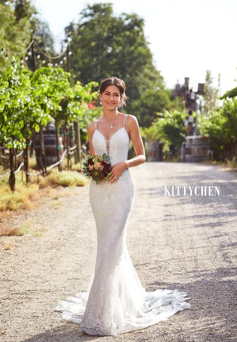 Noemi gown from the 2019 KittyChen collection, as seen on Bride.Canada
