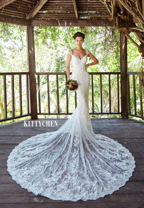 Sadie gown from the 2019 KittyChen collection, as seen on Bride.Canada