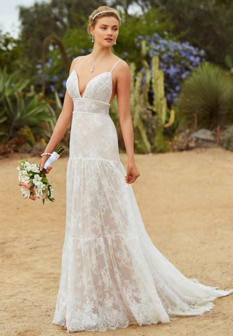 Vida gown from the 2019 KittyChen collection, as seen on Bride.Canada