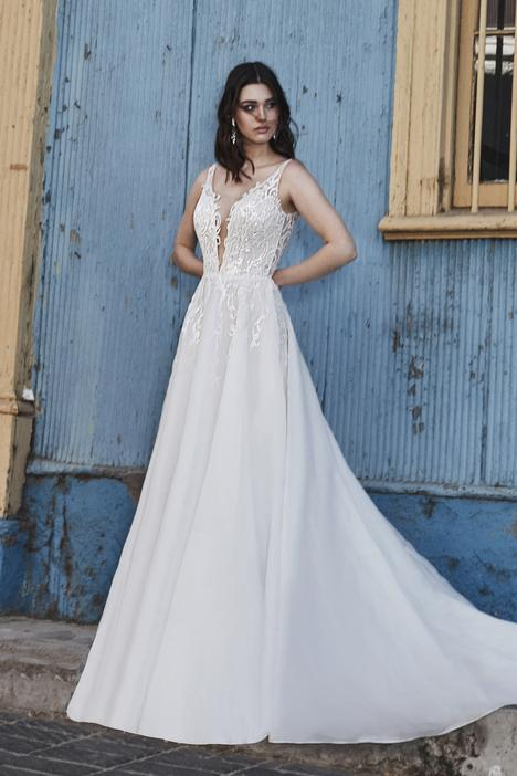 Divina gown from the 2019 L'Amour by Calla Blanche collection, as seen on Bride.Canada