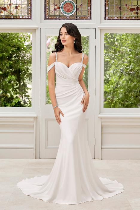 Ines gown from the 2019 Sophia Tolli collection, as seen on Bride.Canada