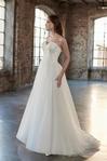 Venus Bridal: Angel & Tradition