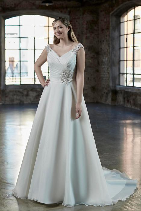 VW8800 gown from the 2019 Venus Woman collection, as seen on Bride.Canada