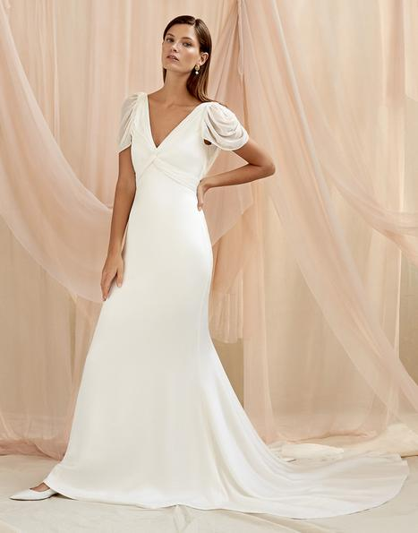 Camille gown from the 2020 Savannah Miller Bridal collection, as seen on Bride.Canada