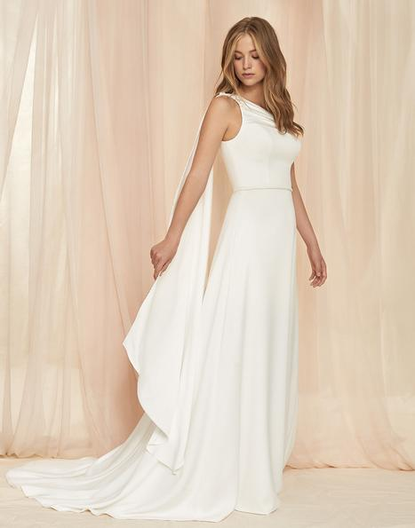 Daphne gown from the 2020 Savannah Miller Bridal collection, as seen on Bride.Canada