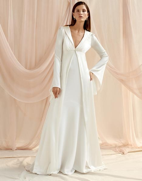 Manon gown from the 2020 Savannah Miller Bridal collection, as seen on Bride.Canada