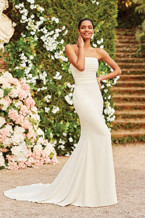 gown from the 2020 Sincerity collection, as seen on Bride.Canada