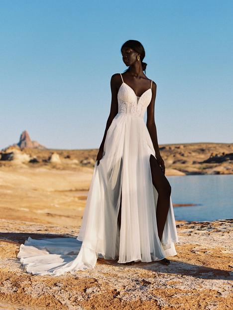 Elsie gown from the 2020 Wilderly Bride collection, as seen on Bride.Canada