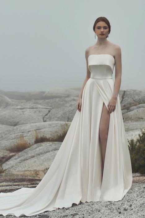 Zara gown from the 2020 L'Amour by Calla Blanche collection, as seen on Bride.Canada