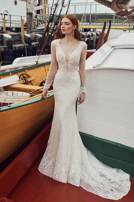 Amayah gown from the 2020 L'Amour by Calla Blanche collection, as seen on Bride.Canada
