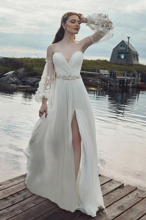 Dorit gown from the 2020 L'Amour by Calla Blanche collection, as seen on Bride.Canada