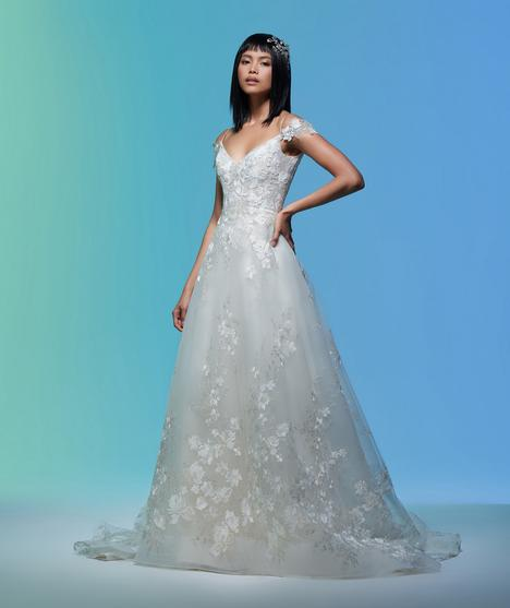 Margaret gown from the 2020 Lazaro collection, as seen on Bride.Canada