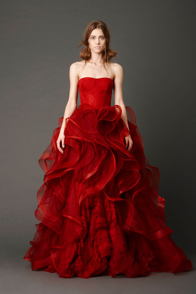 Katarina gown from the 2013 Vera Wang collection, as seen on Bride.Canada