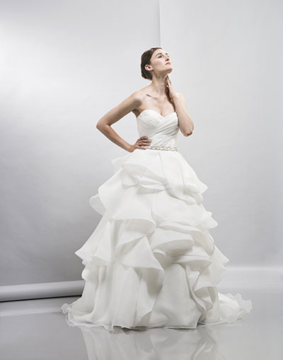 Erista gown from the 2013 Lis Simon collection, as seen on Bride.Canada
