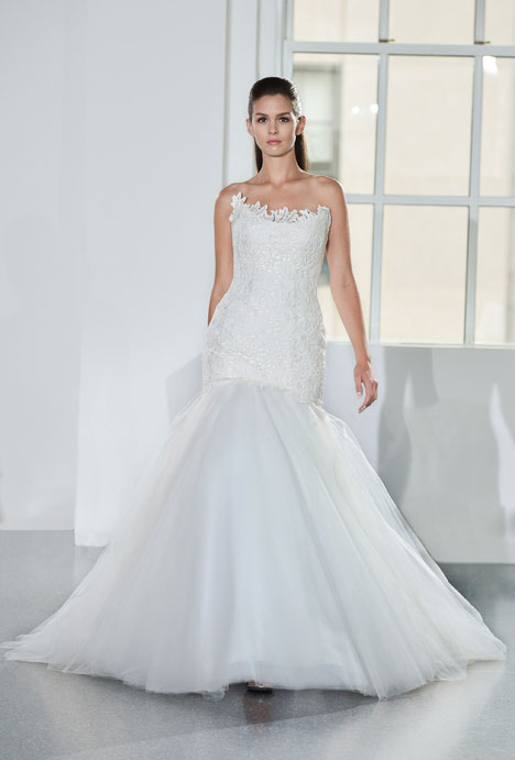 L554 gown from the 2014 Legends Romona Keveza collection, as seen on Bride.Canada