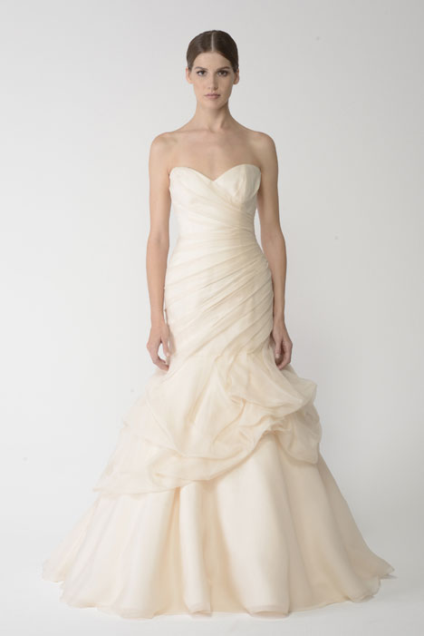 1403O gown from the 2014 Monique Lhuillier: Bliss collection, as seen on Bride.Canada