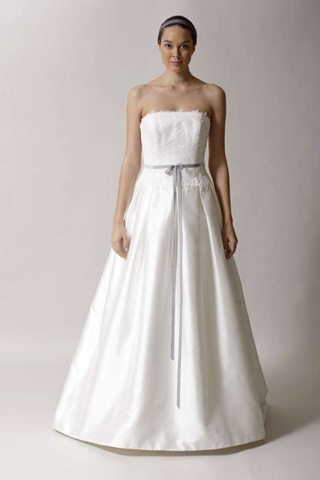 Erin gown from the 2014 Alyne collection, as seen on Bride.Canada