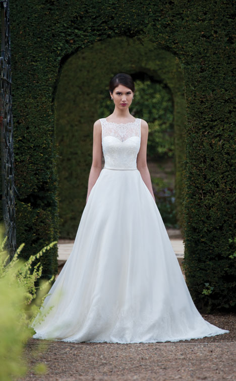 Monica gown from the 2014 Augusta Jones collection, as seen on Bride.Canada