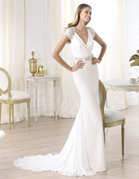 Laila gown from the 2014 Pronovias collection, as seen on Bride.Canada