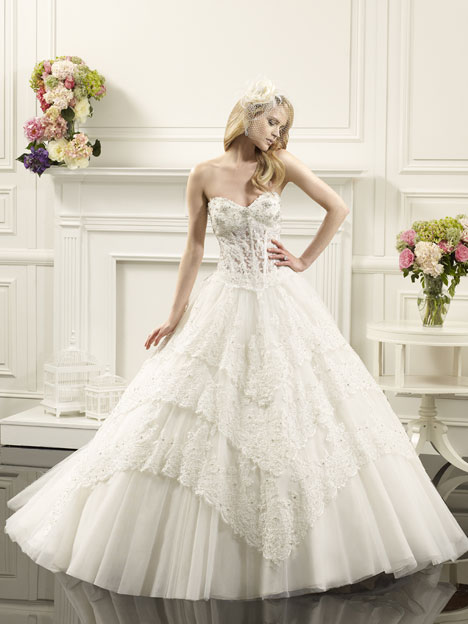 Snow gown from the 2014 Val Stefani collection, as seen on Bride.Canada