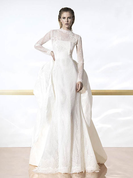 Baza gown from the 2014 YolanCris collection, as seen on Bride.Canada