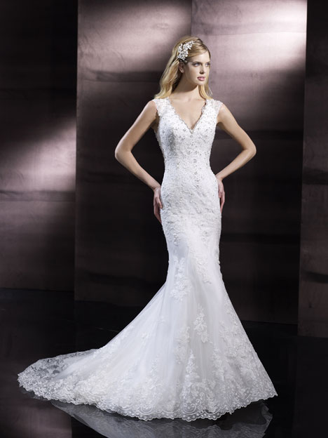 H1245 gown from the 2014 Moonlight : Couture collection, as seen on Bride.Canada