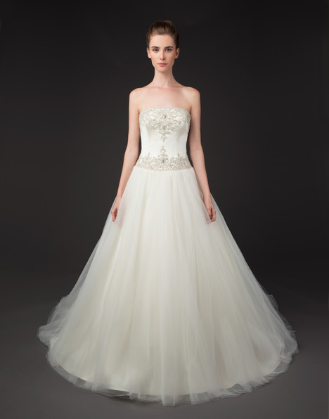 Dinah gown from the 2015 Winnie Couture : Blush collection, as seen on Bride.Canada