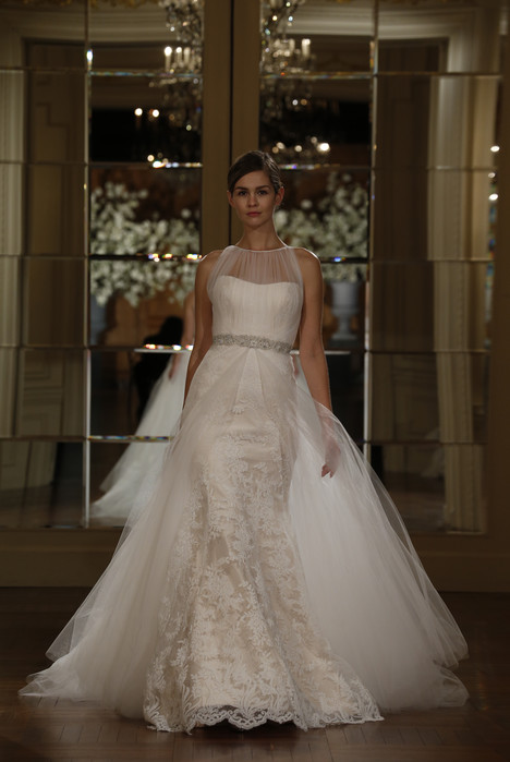 L5103 gown from the 2015 Legends Romona Keveza collection, as seen on Bride.Canada